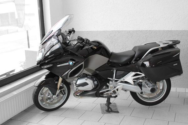 Zu verkaufen: BMW R1200RT LC